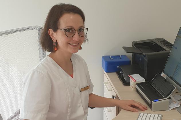 Le Dr. Anne Caudron, dermatologue